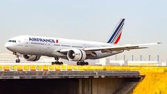 Boeing 777-228(ER) F-GSPC Air France (William Musculus) Tags: paris charles de gaulle roissy roissyenfrance lfpg cdg airport aeroport aviation plane airplane spotting william musculus fgspc air france boeing 777228er 777200er af afr