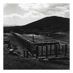 * (Daniel Espinoza) Tags: bw rolleiretro400s rolleiflex film film120 mediumformat filmphotography analogphotography analogica pellicola architecture danielespinoza greece fineart arquitectura minimal