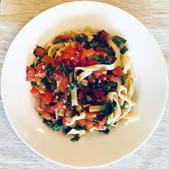 Refreshing Summer dish - Putanella (Monceau) Tags: refreshing dish bowl putanella tomatoes garlic pasta squaredcircle squircle 84refreshing 119picturesin2019