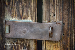Unlocked (Photographybyjw) Tags: unlocked old hasp weathered wood door stable north carolina ©photographybyjw worn wear metal rural country