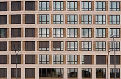 Urban phenotype (ARTUS8) Tags: pattern fassade flickr fenster muster nikon28300mmf3556 linien modernearchitektur nikond800 detail
