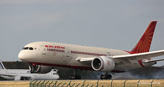 Boeing 787-8 Air India (Moments de Capture) Tags: boeing 7878 b787 787 airindia vtanq aircraft plane avion aeroport airport spotting lfpg cdg roissy charlesdegaulle onclejohn canon 5d mark3 5d3 mk3 momentsdecapture