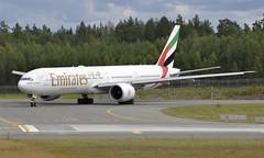 Emirates A6-ENW,  OSL ENGM Gardermoen (Inger Bjørndal Foss) Tags: a6enw emirates boeing 777 osl engm gardermoen