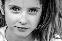 La niña feliz (bekumarnié) Tags: bnwmood bnw bw portrait retrato child girl