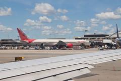 Air India Boeing 777-300ER VT-ALU (jbp274) Tags: ewr kewr airport airplanes boeing 777 airindia ai