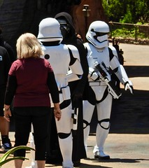 Kylo Ren & Storm Troopers (moacirdsp) Tags: kylo ren storm troopers planet batuu the galaxy edge disney star wars land disneyland park resort anaheim orange county california usa 2019