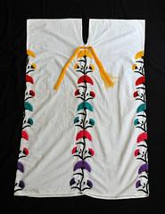 Zapotec Huipil Yalalag Oaxaca Mexico (Teyacapan) Tags: oaxacan mexican textiles huipiles yalalag zapotec ropa clothing flowers embroidery