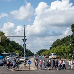 Brandenburg Gate Area Berlin  August 01, 2019  07_.jpg (James Gordon Patterson) Tags: berlin germany brandenburggate bridgeofspies jamesgordonpaterson spreeriver