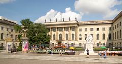Brandenburg Gate Area Berlin  August 01, 2019  04_.jpg (James Gordon Patterson) Tags: berlin germany brandenburggate bridgeofspies jamesgordonpaterson spreeriver