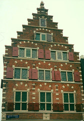 Het Wapen van Riga Building, Amsterdam (alexdavidwriter) Tags: amsterdam netherlands gabled house building brick steepled architecture dutch denwallen hetwapenvanriga latvian windows