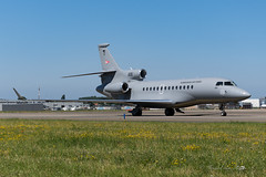 HUAF_FA7X_606_BRU_JUN19 (Yannick VP) Tags: military government official vip vvip transport aircraft passenger pax govjet huaf hungarian airforce 59th squadron dassault falcon 7x fa7x 606 brussels airport bru ebbr belgium be europe eu june 2019 aviation photography planespotting airplanespotting airside taxiway twy j taxi jet jetliner nato defence ministers council