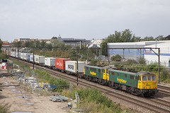 86604 86613 Goodmayes LON_426 (Stuart's Transport) Tags: train london goodmayes uk freightliner class86 866 electric loco freight container intermodal 86604 86613 geml