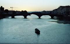 Firenze al tramonto (michele.palombi) Tags: italy tuscany negativocolore tetenalc41 portra160 kodak film35mm analogicshot florence