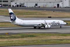 Alaska Airlines - Boeing 737-900ER - N457AS - Portland International Airport (PDX) - June 3, 2015 6 155 RT CRP (TVL1970) Tags: nikon nikond90 d90 nikongp1 gp1 geotagged nikkor70300mmvr 70300mmvr aviation airplane aircraft airlines airliners portlandinternationalairport portlandinternational portlandairport portland pdx kpdx n457as alaskaairlines alaskaairgroup boeing boeing737 boeing737900 boeing737900er 737 737ng b737 b737ng b739 737900 737900wl 737900er 737900erwl boeing737990 737990 737990wl 737990er 737990erwl aviationpartners winglets splitscimitarwinglets cfminternational cfmi cfm56 cfm567b27 cfm567b27e thrustreverser thrustreversers spoiler spoilers