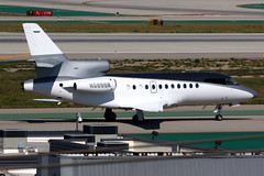 Private   Dassault Falcon 900   N599SR   Los Angeles International (Dennis HKG) Tags: dassault falcon falcon900 f900 aircraft airplane airport plane planespotting bizjet businessjet canon 7d 100400 losangeles klax lax n599sr