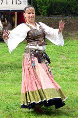 The dancer (Axel Khan) Tags: dancer dance woman pretty attractive beautiful costume fantasy carnival middleages historical