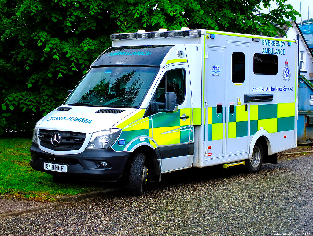 The World's Best Photos of ambulance and benz - Flickr Hive Mind
