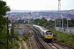 66738 Brightside Jn 13 Aug 19 (doughnut14) Tags: 66738 rail freight diesel loco gbrf huddersfield cum 6e51 peak forest selby brightside stone tpe 185