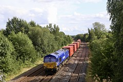 66005 Treeton 12 Aug 19 (doughnut14) Tags: 66005 treeton rail freight diesel loco cum maritime intermodal 4e94 southampton masborough shed class66 old road midland oldroad db blue