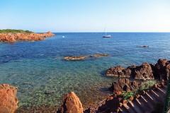 Agay (hans pohl) Tags: france var agay méditerranée océan mer rochers rocks eau water escaliers stairways paysages landscapes