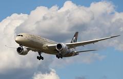 A6-BLG Boeing 787-9 Dreamliner Etihad Airways (R.K.C. Photography) Tags: a6blg boeing 7879 b787 dreamliner etihadairways specialolympics worldsummergames uae aircraft aviation airliner london england unitedkingdom uk 27r londonheathrowairport lhr egll canoneos750d