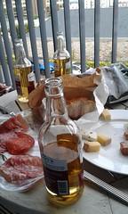 Al Fresco Dinner (vw4y) Tags: westcountry sheppys cider halffull halfempty plymouth shortbreakfamily