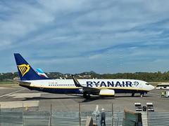 EI-EMN Ryanair Boeing 737-800 der Ryanair im Mai 2019 am Flughafen auf Korfu (Haeppi) Tags: eiemn ryanair boeing737800 boeing 737 flugzeug aircraft plane flughefen airport