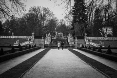 Way to Garden (BisonAlex) Tags: ceskykrumlov czche克倫洛夫 ck小鎮 捷克 europe 歐洲 sony a73 a7iii a7m3 a7 taiwan 台灣 外拍 旅拍 travel 街拍 street streetphoto streetshot
