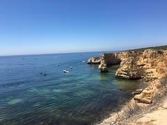 Scogliera (NickAlbe) Tags: portogallo vacanza natura nature cliff mare sea water acqua blu blue