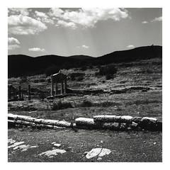 * (Daniel Espinoza) Tags: bw rolleiretro400s rolleiflex film film120 mediumformat danielespinoza minimalist architecture minimal analogphotography analogica pellicola filmphotography fineart
