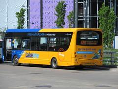Rosso 615 (SK66HRJ) 14052019a (Rossendalian2013) Tags: transdevblazefield transdev rossendaletransport rosso lakeline amazingbuses wright wrightbus streetlitedf sk66hrj bus rochdale interchange