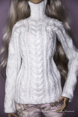 Commissioned sweater for Popovy Sisters  doll (AnnaZu) Tags: sweater white commission popovydoll popovy sisters bjd abjd balljointed knitting wool vesnushkahandmade