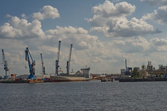 Hafen_Hamburg (Andi-mit-der-Canon) Tags: sony alpha 7 sonya7 hamburg 50mm canonfd canon fd f18