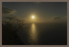 Sublime moment (letrucas) Tags: cliff sunset light sun sky clouds tenerife canaryislands elsauzal