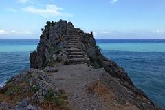 Caprazoppa (jossaman) Tags: liguria mare finale rocce onde acqua