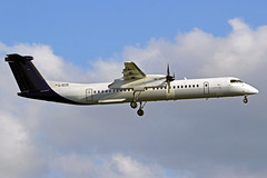 Flybe DeHavilland DHC-8Q-402 G-ECOI LHR 30-06-19 (Axel J.) Tags: flybe dehavilland dhc8 gecoi lhr london heathrow luftfahrt fluggesellschaft flughafen flugplatz aircraft aeroplane aviation airline compagnieaérienne aerolínea luchtvaartmaatschappij airport airfield 飞机 vliegtuig 飛機 飛行機 비행기 авиация самолет תְעוּפָה hàngkhông avion luchtvaart luchthaven avião aeropuerto аэропорт port lotniczy aviación aviação aviones samolot jet linienflugzeug vorfeld apron taxiway rollweg runway startbahn landebahn outdoor planespotter planespotting spotter spotting fracht freight cargo