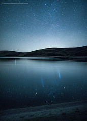 Backwater Reservoir (www.stevenrobinsonpictures.com) Tags: backwaterreservoir dundee night sky nightscape stars water reflection starlight beautiful tranquil peaceful scotland 24mmf14gnikkor lowlight