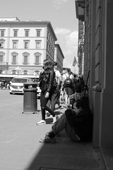 Florence Mime (Tom_Jones7) Tags: travel life city adventure travelphotography travelbug passion travelmore goexplore newplaces myview photo lifestyle canon photographerlifestyle justgoshoot icatching exploringtheworld optoutside exploretocreate discover discoverearth travelphoto worldpics stayandwander goroam keepexploring travelworld mylifeinphotos photography italy italia 2019 2k19 19 travelblogger wanderlust outside water street black white bw blackwhite blackwhitephoto monochrome excellentbnw noir blackwhitelife noirvision contrast blackandwhite florence firenze tuscany mime streetperformer performer