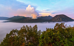 Build me back! (PokemonaDeChroma) Tags: nature landscape mountain bromo tengger nationalpark dawn morning fog cloud sky eastjava indonesia volcano active