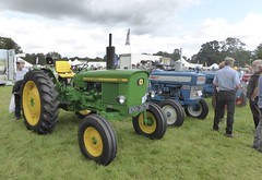 old Deere (seanofselby) Tags: tractor thornton le dale show john deere 1020 ford 3000