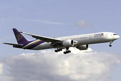 Thai Airways 777-300ER HS-TKQ at London Heathrow LHR/EGLL (dan89876) Tags: thai airways boeing 777 b77w 777300er 7773aler hstkq london heathrow international airport landing runway 27l lhr egll
