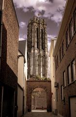 Sint-Romboutstoren Mechelen (ost_jean) Tags: sintromboutstoren mechelen nikon d5300 tamron sp af 1750mm f28 xr di ii vc ld