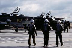 Su-17 crews (Rob Schleiffert) Tags: sukhoi su17 fitter russianairforce templin grossdolln 20gwiap