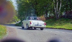 Kielder - Road Run - 12/05/18 (CamShaw74) Tags: kielder forest forestrycommission c41 film morrisminor lcv forestry commission kodak morris minor canon eos50e fujifilm expired c200