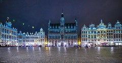 Bruxelles - 7242 (✵ΨᗩSᗰIᘉᗴ HᗴᘉS✵85 000 000 THXS) Tags: brussels bruxelles blue bluehour town night hensyasmine belgium