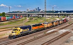 Westbound Transfer in Kansas City, KS (Grant Goertzen) Tags: bnsf atsf santa fe up union pacific railroad railway locomotive emd power train trains kansas city