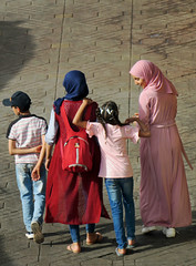 Moms & Kids - Main Square, the Medina in Merrakesh, Morocco (TravelsWithDan) Tags: mothers children mainsquare oldtown medina marrakesh morocco africa candid fromabove covered mulsim canong3x city urban outdoors people