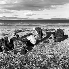 tibet1999_112 (Shinya Arimoto) Tags: tibet 6×6 bw tmax400 tibet1999 rolleiflex xenotar 80mm f28 snap landscape
