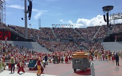 need cheese with that wine (Riex) Tags: cheese fromage saucisse sausage 2cv deuxchevaux food nourriture produits products costumes spectacle show parade defile cortege fêtedesvignerons 2019 vintners winegrowers celebration festival vaud suisse switzerland schweiz svizzera ipodtouch