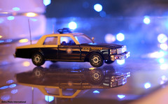 FHP 1989 Chevy Caprice (Retro Photo International) Tags: florida highway patrol 1989 chevrolet caprice police car white rose collectibles olympus 50mm 18 canon sl1 143 diecast